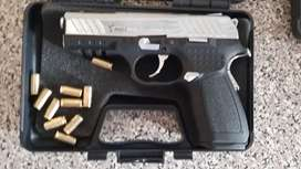 Brand NEW KUZEY 9mm blank gun in carry case and 10 bullets. 2 left