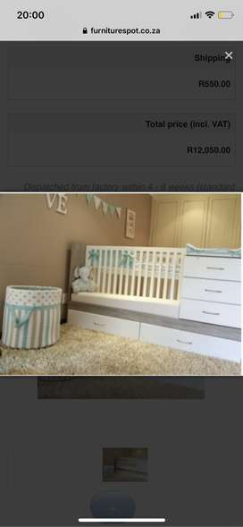 3 in 1 cot/ Single bed