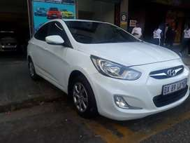 Hyundai Accent 1.6 R 85 000 Negotiable