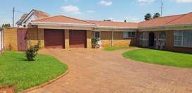 Beautiful Four-bedroom two-bathroom home located in Lenasia south.
