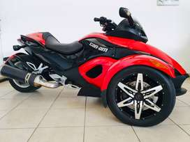 IMACULATE CAN AM SPYDER 990