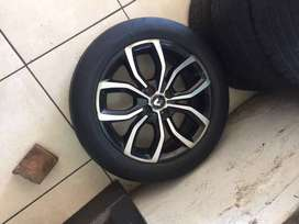 RENAULT CLIO IV 16 INCHES TYRES FOR SALE