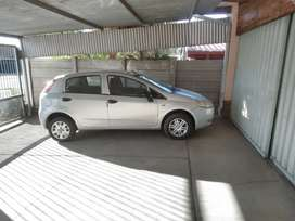 Selling a Fiat/Punto 1.2 ,2011 at a compressible price