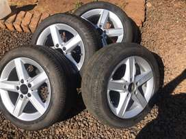 5 Hole Rims with tyres