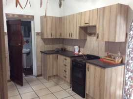 Shared accommodation, Room in garden cottage to rent