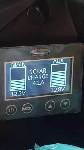 Toyota Hilux gd6 dual battery system.
