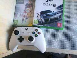 Xbox one s 2 games 1tb