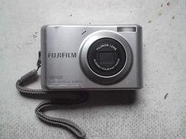 Продам фотоаппарат Fujifilm FinePix C20