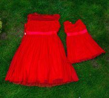 Очень стильные платья в стиле Family Look для мамы и доченьки