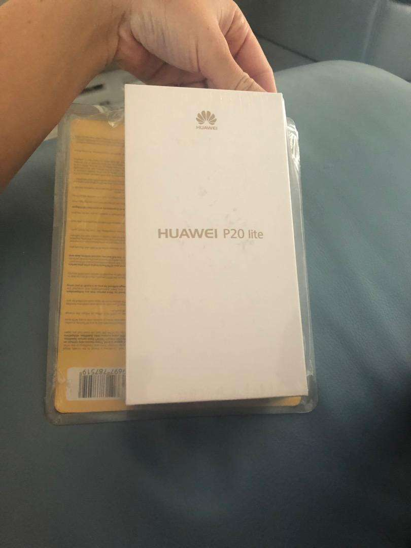 Huawei p20 lite brand new in box 0