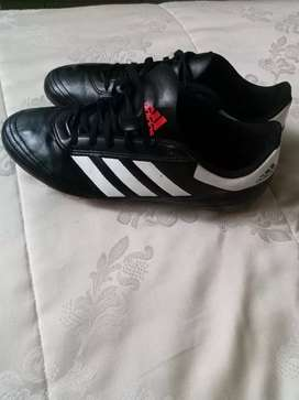 2nd hand almost new size 7 original Adidas soccer boots