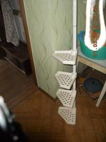 Продам шкафчик навесной угловой в ванную и этажерку. Обмен.