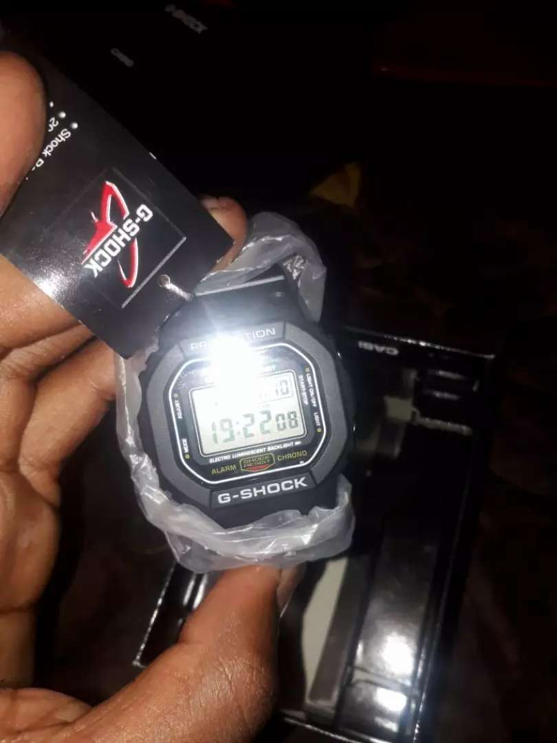 Brand new Casio DW5000E watch 0
