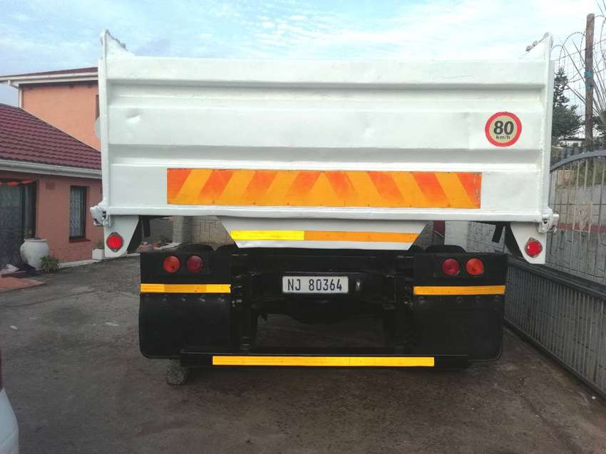 1417 Mercedes Benz 6m tipper  352T HL7 Diff  for sale 0