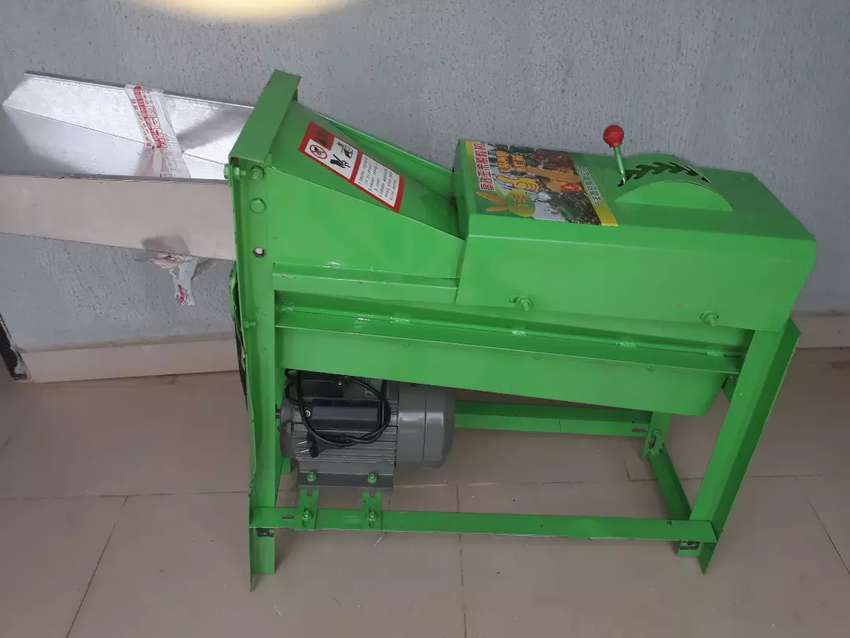 Corn thresher machine 0
