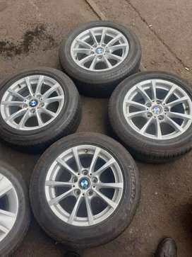 4 × 16 inch BMW mags and runflat tyres for sale