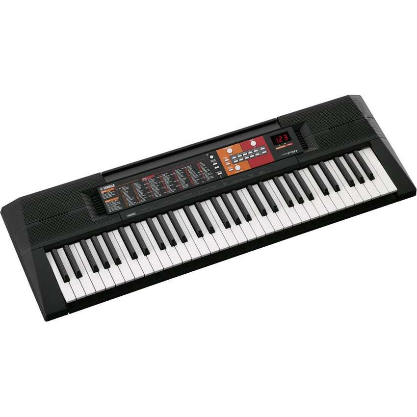 Yamaha PSR-F51 Portable Keyboard 0