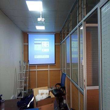 "Buy New Epson Projector and Projector Screen 70""*70"" @ Kshs.44000 ONLY 0"