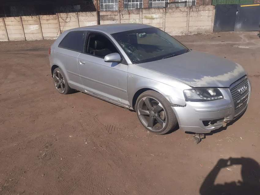 Audi A3 bwa 2.0fsi auto striping for parts only.no cat