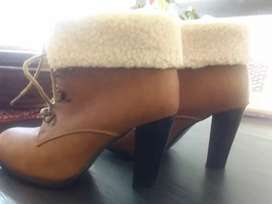 Boots for sale in brand new condition