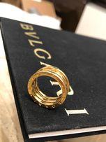 Золотое кольцо BVLGARI