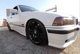 95 model BMW E36 318i for sale with low mileage excellent runner