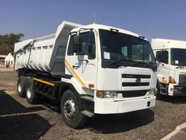 NISSAN UD440 10 CUBE TIPPER