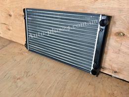 Радиатор охлаждения на Volkswagen Passat B3 / Фольксваген Пассат Б3