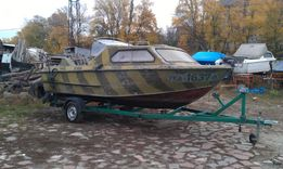Лодка Москва 2 + мотор Johnson + лафет
