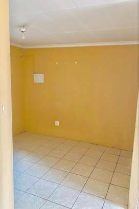 3 Bedrooms Property For Sale at Olievenhoutbosch, with a Huge Yard
