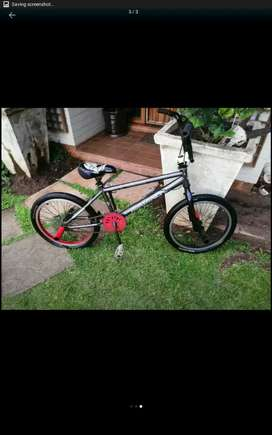 Bmx bike back brake nice condition comes with 4 pegs