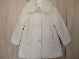 Пальто шерстяное нарядное для девочки на рост 104