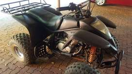 Suzuki 300cc quad bike four wheeler