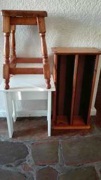 Image of CD rack and bar stools. 300r for the lot.