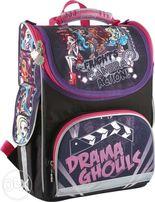 Ранец школьный Monster High набором,сумка,два пенала и мешок для обуви