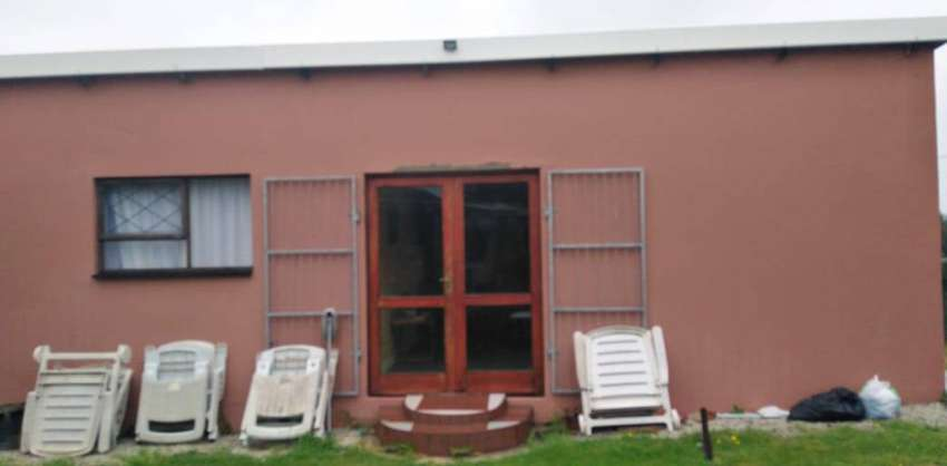 Rooms to rent in a communal house  Westering Port Elizabeth 0