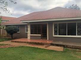Bargain 3 Bedroom House with Pool