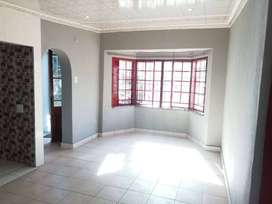 1 stunning bedroom apartment for rent in secure area, 24hrs security
