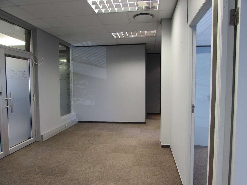 104m2 Office to Let in Century City 0
