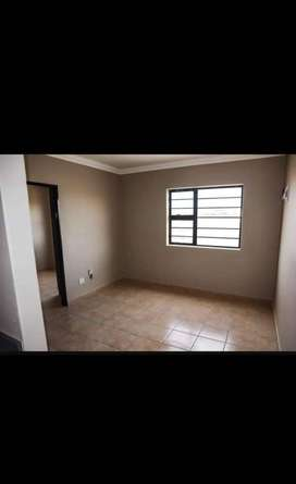 2 bedroom flat with built- in cupboards Available @ Belhar Vista