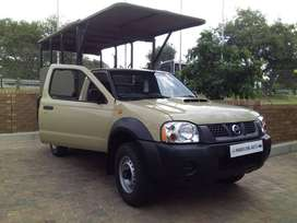 Nissan Np300 2.5Dci 4x4 Game Viewer