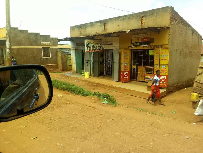 Three commercial double shops on forced sale in namasuba ndejje centre 0