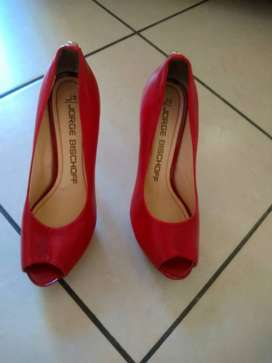 Jorge Bishoff Shoes, red in colour, 2 Model013