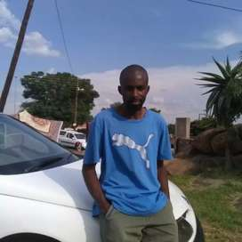L am selling my Renault Laguna