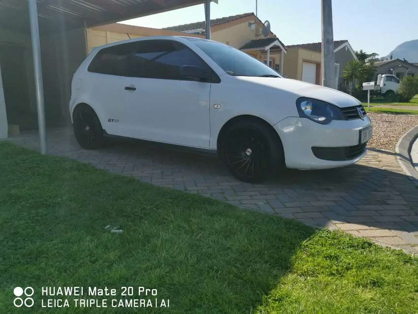 2012 VW polo vivo GT 3 door 0