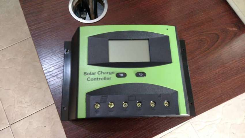 solar charge controller 0