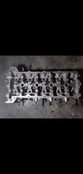Dodge Caliber 2/2.4 Cylinder Head