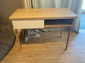 Wooden desk in great condition