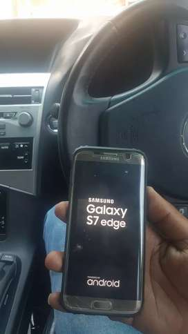 Samsung Galaxy s7 edge cracked but fully functional read