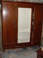 Старый гардероб
